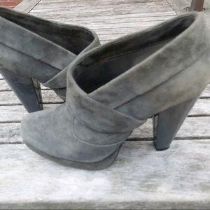 Kenneth Cole Reaction Platform Ankle Boots